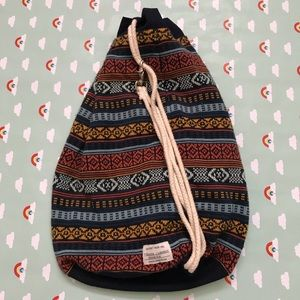 Krochet kids shoulder bag